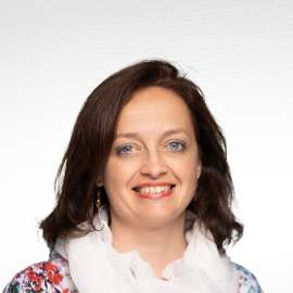 Luciana Pavel